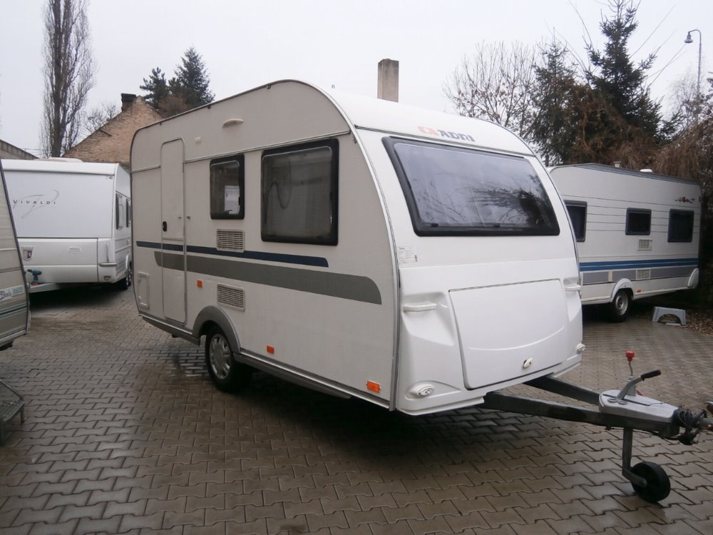 Levný karavan Beyerland 440
